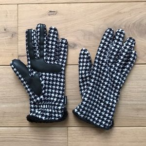 Isotoner New Lined Gloves